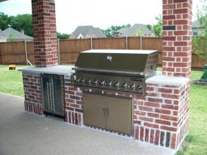 brick-outdoor-kitchen-1