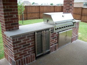 brick-outdoor-kitchen-2